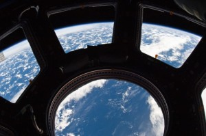 Blogging from Space with in-flight internet